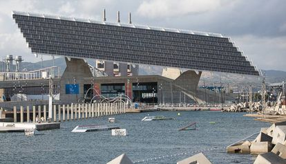 En la imagen de archivo, una instalación fotovoltaica en el Fórum de Barcelona.