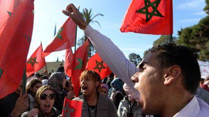 Manifestantes marroquíes protestaban el martes ante la embajada de Francia en Rabat.