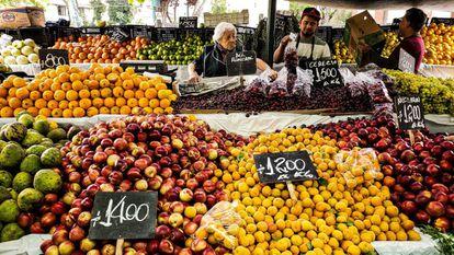 Un mercado de fruta y verdura de Santiago de Chile.