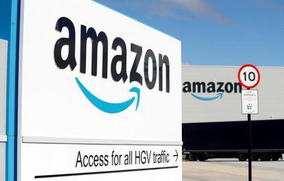 Image of an Amazon fulfillment center in Darlington (United Kingdom), last September.