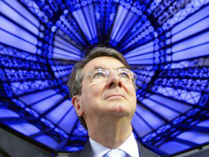Gerard Mortier, bajo la cúpula de la opera de San Francisco de Asís, en el Madrid Arena, en 2011.