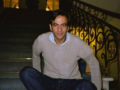 Enrique Urquijo en el verano de 1999, tres meses antes de fallecer. La foto está hecha por la que entonces era su pareja, Pía Minchot.