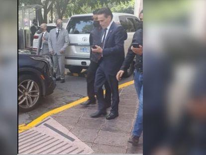 Fragmento de un video que muestra a Alejandro del Valle, en el momento de su detención en Ciudad de México.