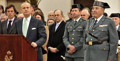 El coronel Jaume Barceló, a la derecha, durante su toma de posesión.
