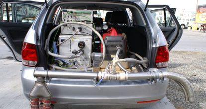 Vehículo utilizado en el estudio equipado con el PEMS.