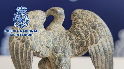 Águila incautada por la Policía Nacional.