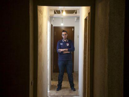 Isidro Barquero llegó después de un fin de semana a su casa de Vallecas y había gente dentro.