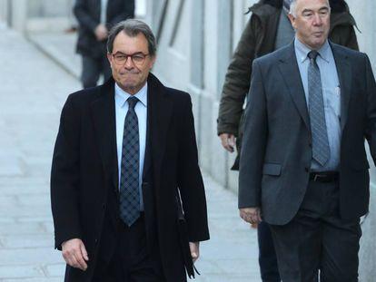 Artur Mas entra en el Tribunal Supremo.