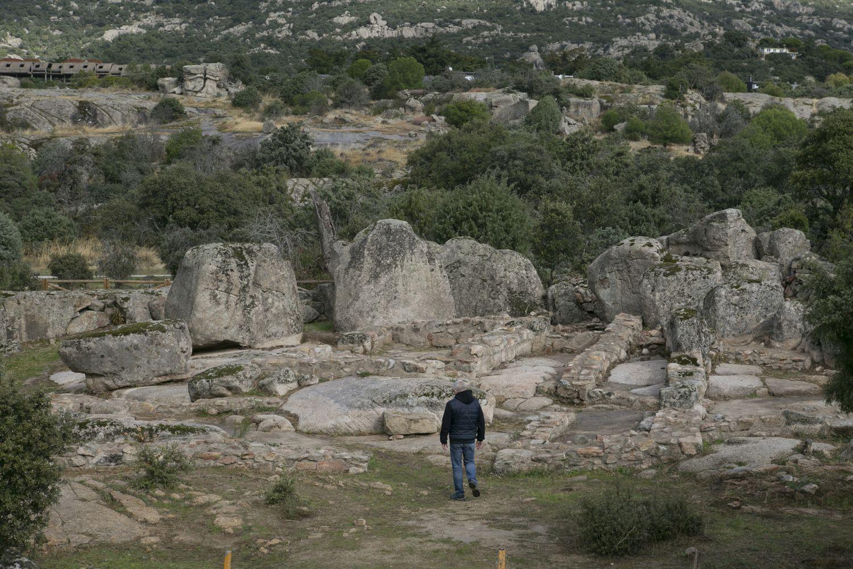 Complejo político-religioso hallado  en el yacimiento de La Cabilda, en Hoyo de Manzanares (Madrid).
