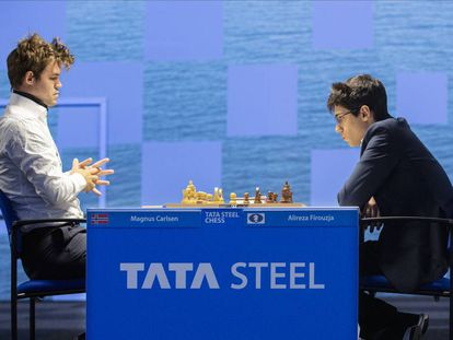 Carlsen y Firouzja, durante su partida de hoy