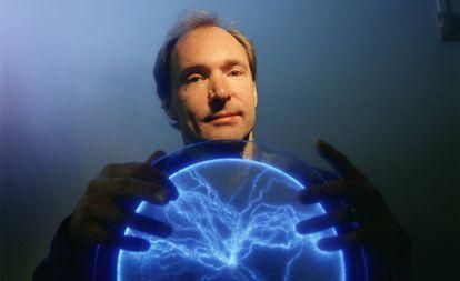 Tim Berners-Lee, inventor de la World Wide Web, en 2004.