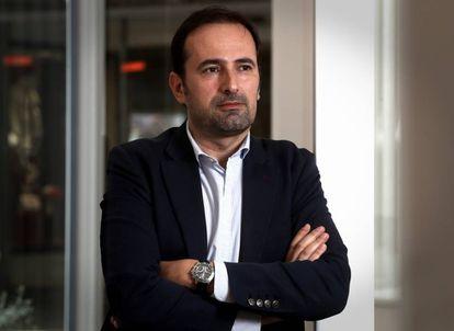 El escritor Diego Moldes, en un hotel de Madrid.