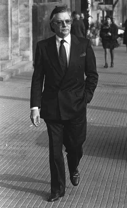 Francisco Paesa paseando por Madrid en 1991.