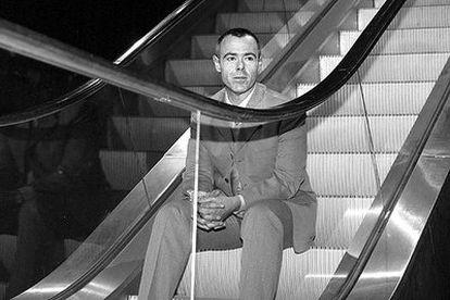 Jordi González, en la presentación del programa <i>La escalera mecánica</i> en 2000.
