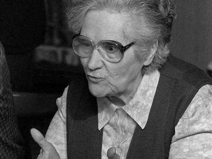 Federica Montseny, durante una rueda de prensa en Bilbao, en 1982.