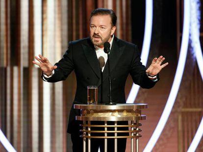 Ricky Gervais, durante su monólogo en los Globos de Oro.