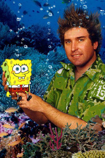 Stephen Hillenburg, con su criatura Bob Esponja.
