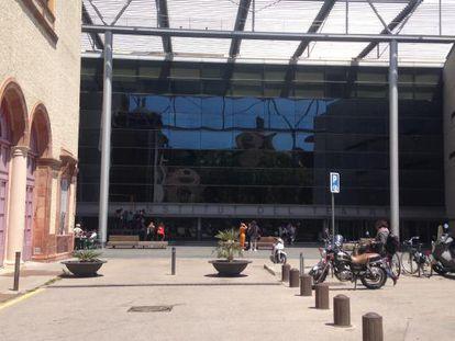 Imagen de la fachada del Institut del Teatre.