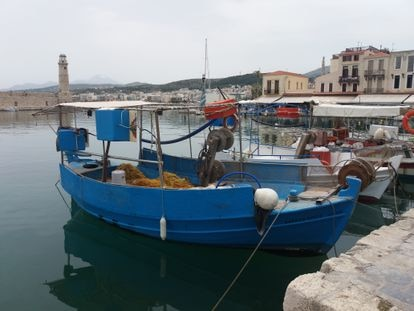 Un puerto pesquero en la isla griega de Creta.