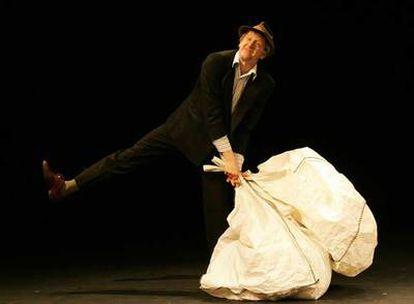 El actor Jos Houben, durante la representación de <i>Fragments.</i>