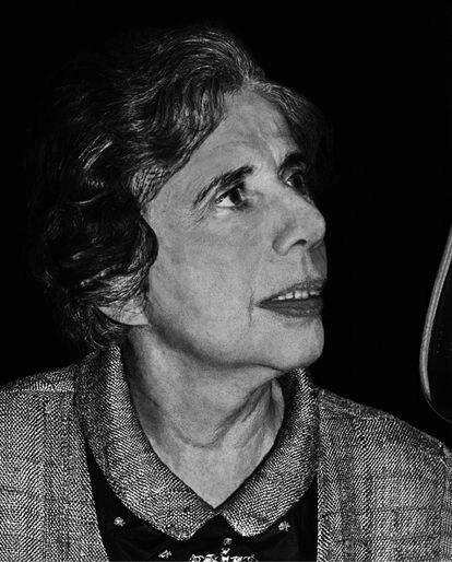La periodista Charlotte Beradt hacia 1960, retratada por Fred Stein, huido de la Alemania nazi primero a Francia y luego a Estados Unidos.