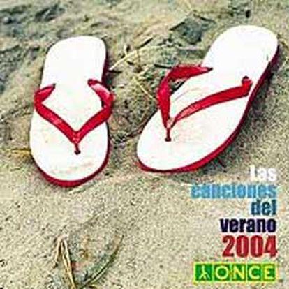 En la carátula del CD aparecen dos chanclas sobre la arena de la playa.