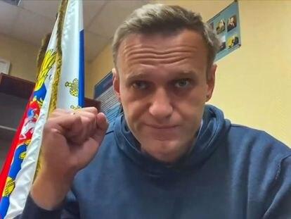 Alexéi Navalni, en la vista judicial improvisada el 18 de enero de 2021 en una comisaría rusa.