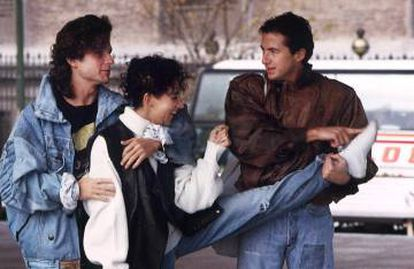 El trío durante una sesión de fotos en octubre de 1987.