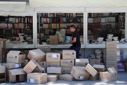 Preparativos para la Feria del Libro de Madrid de 2019.