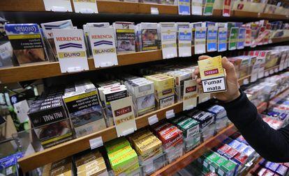 Cajetillas de tabaco en un estanco de Madrid.