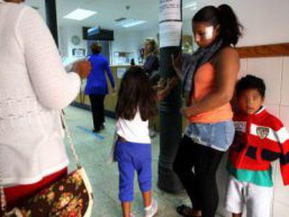 Inmigrantes en un centro de salud
