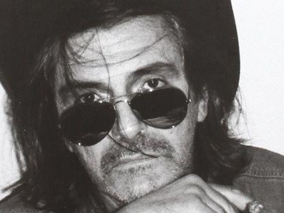 Imagen de la portada de 'La magnitud del desastre. Memorias de un rock critic poco fiable', libro de Oriol Llopis.