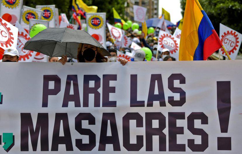 Crisis política: El llamado a negociar de Iván Duque no evita otro día de  paro masivo en Colombia | Internacional | EL PAÍS