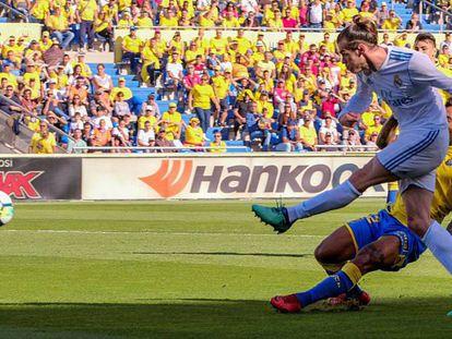 FOTO: Gareth Bale marca su gol a la Unión Deportiva Las Palmas. / VÍDEO: Declaraciones de Zinedine Zidane tras el partido.