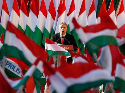 Viktor Orbán, en un mitin en abril pasado.