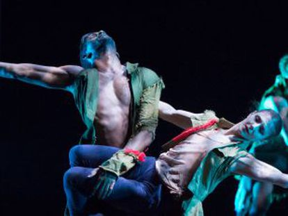 Junor Souza & Alina Cojocaru del English National Ballet en 'Lest We Forget'.