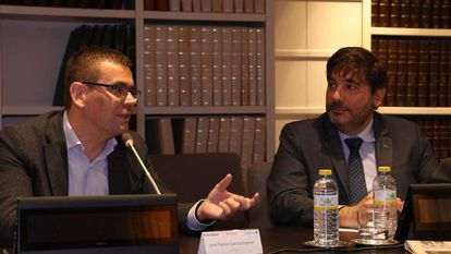 José Daniel García Espinel, director del Advanced & Innovation Hub de Acciona y Borja Terrel, director de experiencia del cliente digital de Capgemini.