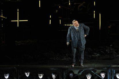 Michael Koenig, en una escena de la producción<i> </i><b>del Real </b>Ascenso y caída de la ciudad de Mahagonny presentada en el Teatro Bolshói.