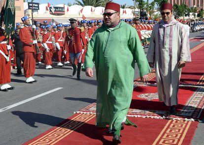 El rey Mohamed VI de Marruecos, de visita en El Aaiún, capital del Sahara Occidental, en 2015.