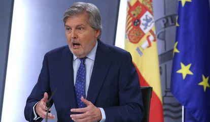 El ministro portavoz del Gobierno, Íñigo Mendez de Vigo, tras el Consejo de Ministros de este viernes.