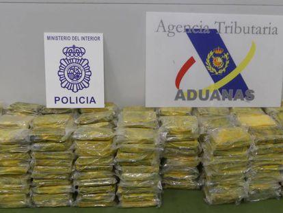 Los paquetes de cocaína incautadas en el Puerto de Algeciras.