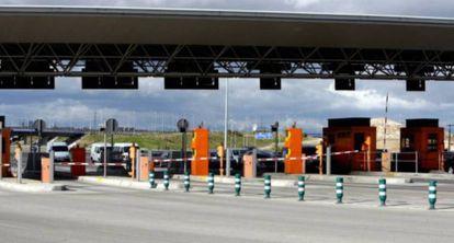 La autopista de peaje R-3, a la altura de Arganda del Rey (Madrid)
