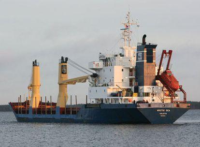 El <i>Arctic Sea,</i> el pasado mes de diciembre en el puerto de Kotka (Finlandia).