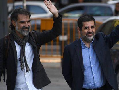 Jordi Cuixart (izquierda) y Jordi Sànchez. En vídeo, el alegato final de Cuixart en el juicio.