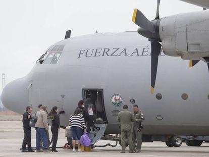 Algunos de los inmigrantes venezolanos expulsados de Perú.
