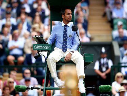 El árbitro Damián Steiner, durante la final del Wimbledon del pasado 14 de julio.