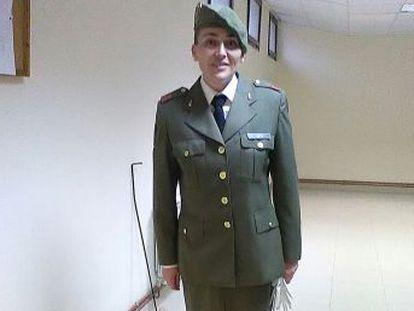 María de las Camelias fue expulsada del Ejército tras 17 años de servicio por pérdida de condiciones psicofísicas