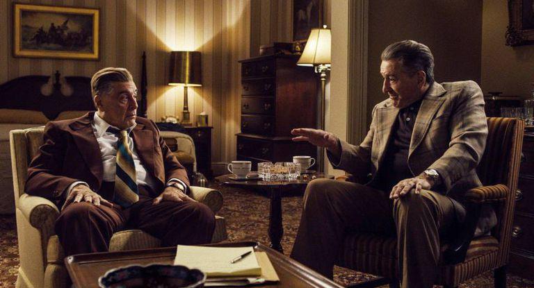 Al Pacino y Robert De Niro, en la película 'El irlandés'.