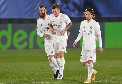 Sergio Ramos, Toni Kroos y Luka Modric, esta temporada contra el Athletic.