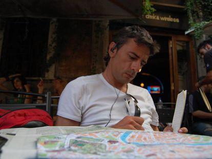 El escritor gallego Juan Tallón, con poco más de 25 años de edad.